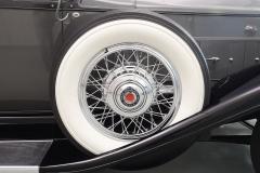 1932 Eight 7